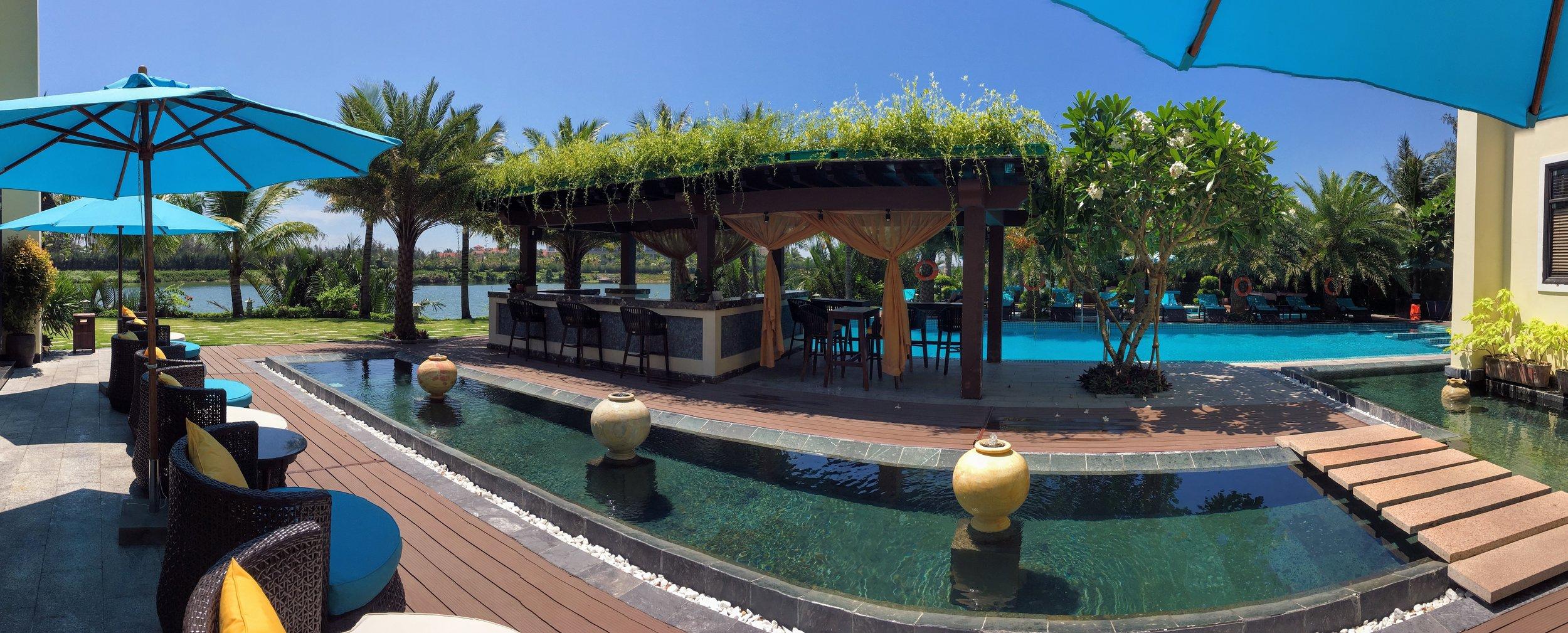Spa pool area.jpg