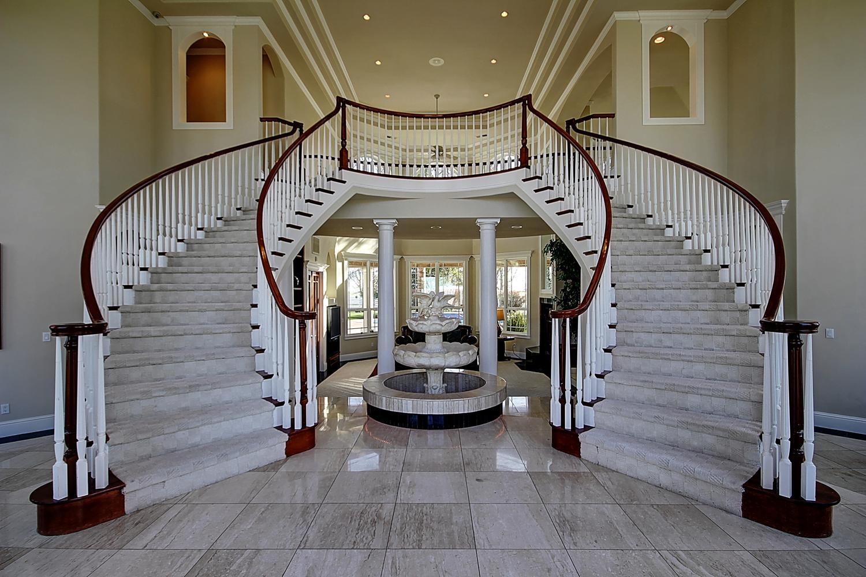 12956  Monroe Ave Los Banos CA-large-009-Foyer-1500x1000-72dpi.jpg