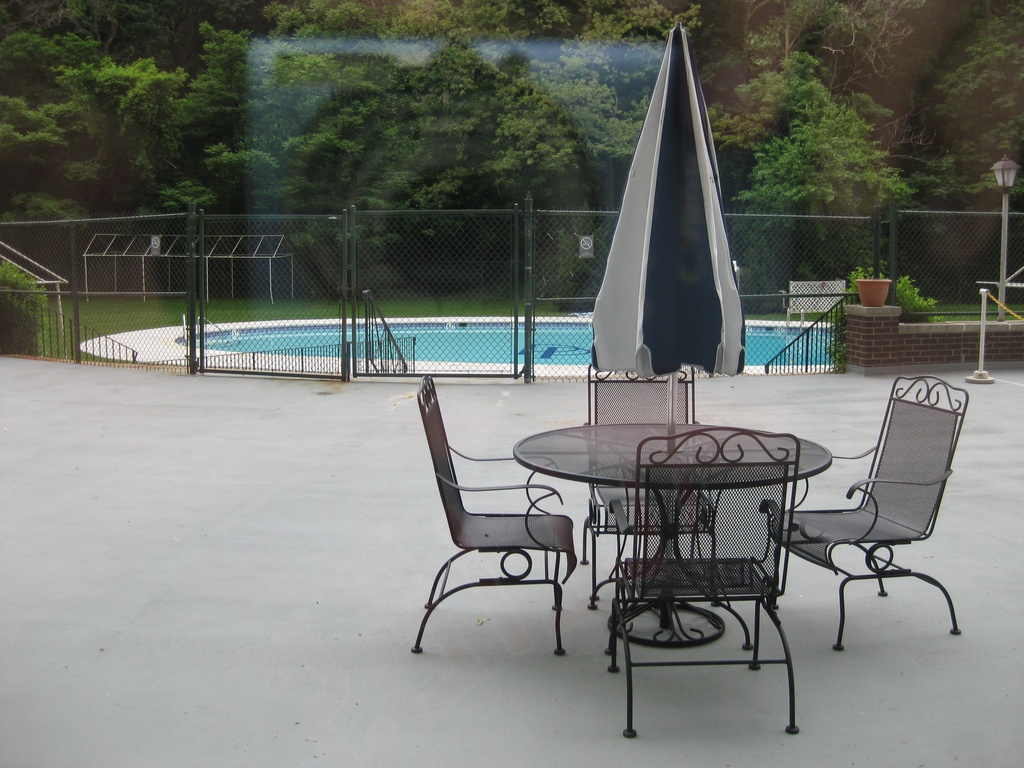 Outdoor pool.jpg