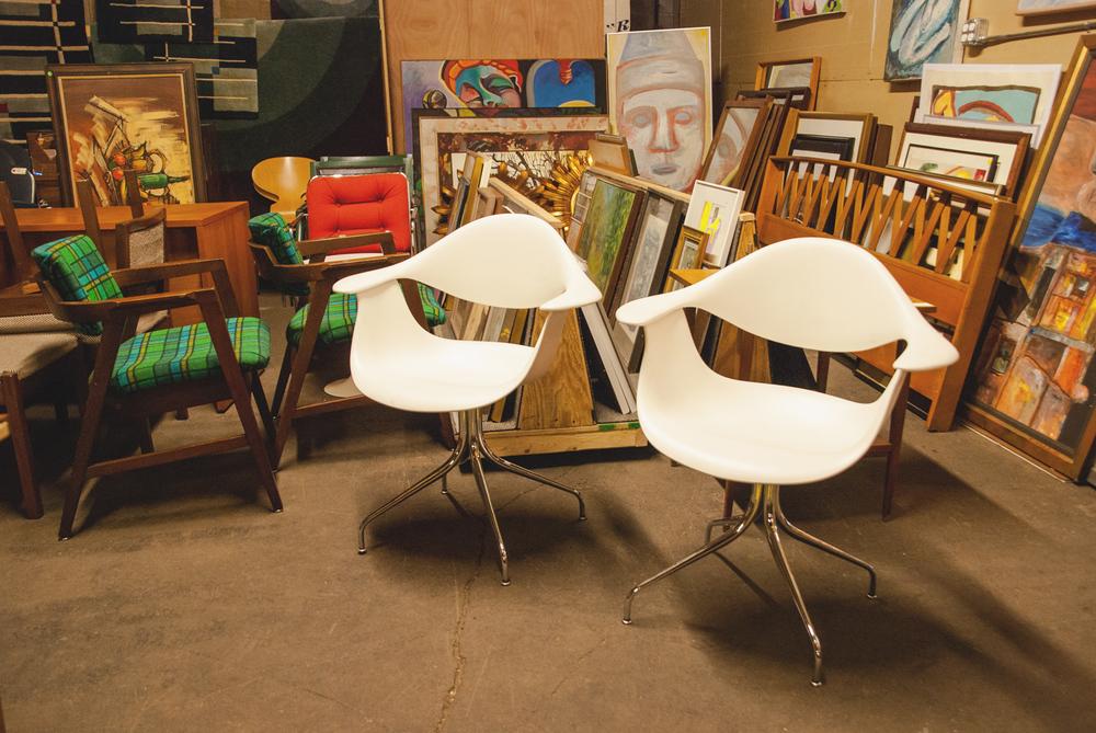 Image Courtesy of Mid Century Furniture Warehouse