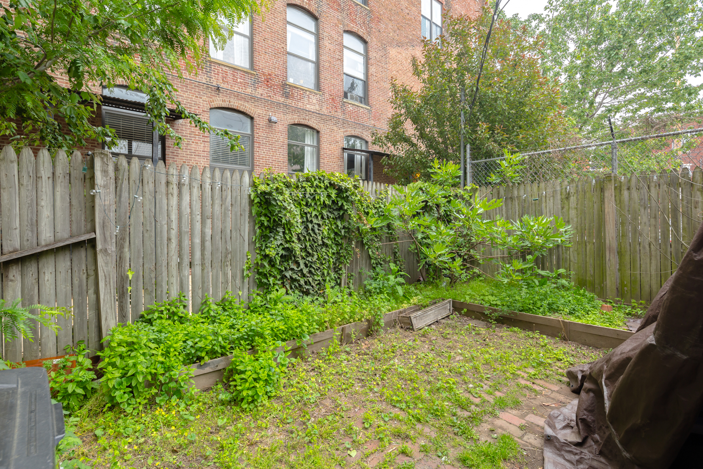 1521 N Palethorp St-MLS-10.jpg