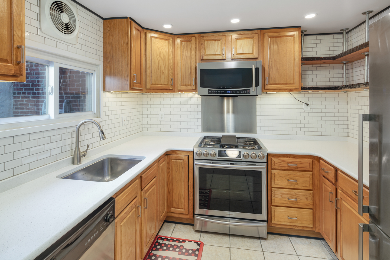 2560 Edgemont St-MLS-2.jpg