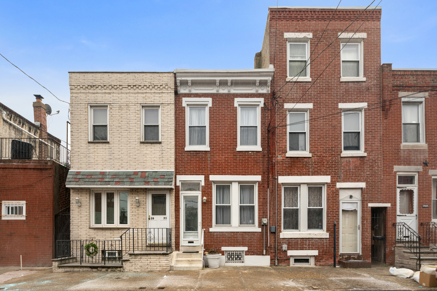 2673 E Thompson Street, 2 Bed / 1.5 Bath sold for $200,000.