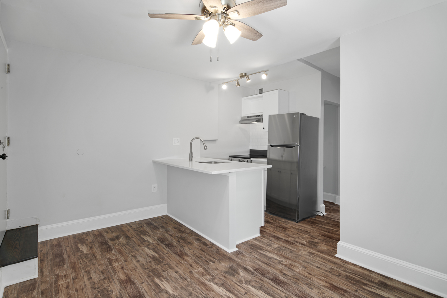 819 S 2nd St Unit 3B-MLS-2.jpg