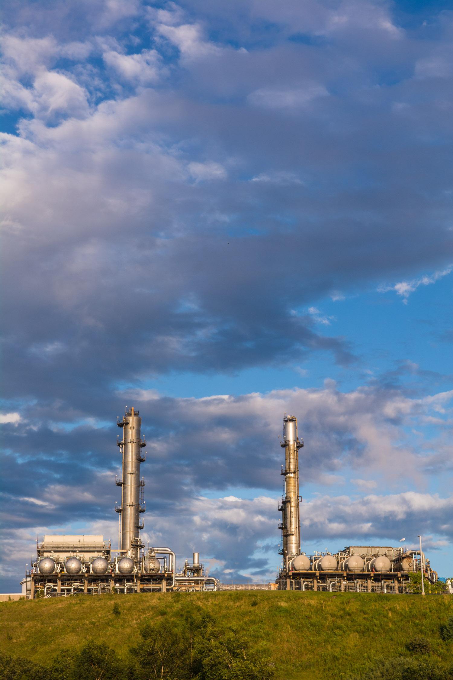 aug05 2014-Bloomberg News-Irving Oil refinery-Saint John NB-photo by Aaron McKenzie Fraser-www.amfraser.com-5177.jpg