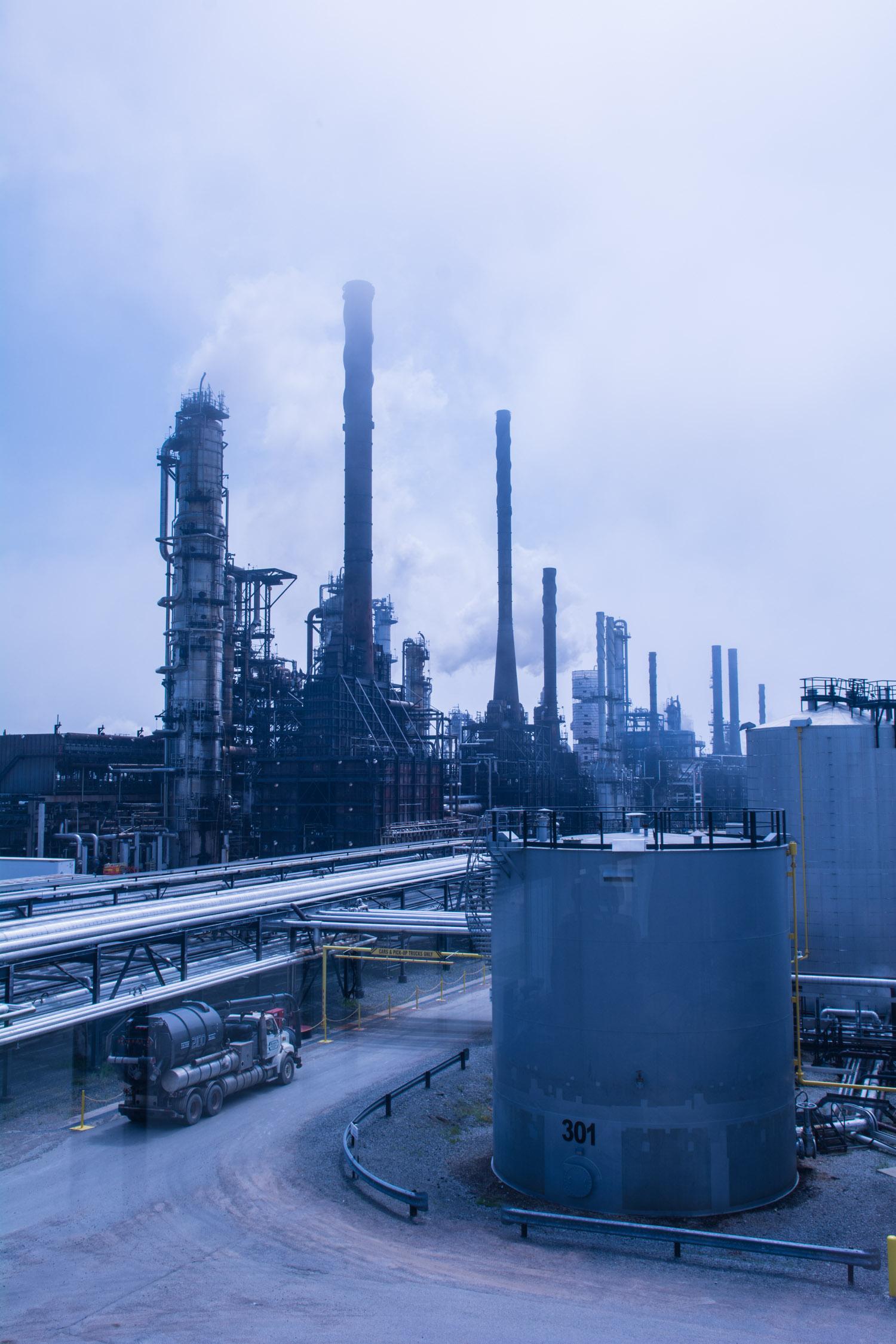 aug05 2014-Bloomberg News-Irving Oil refinery-Saint John NB-photo by Aaron McKenzie Fraser-www.amfraser.com-5607.jpg
