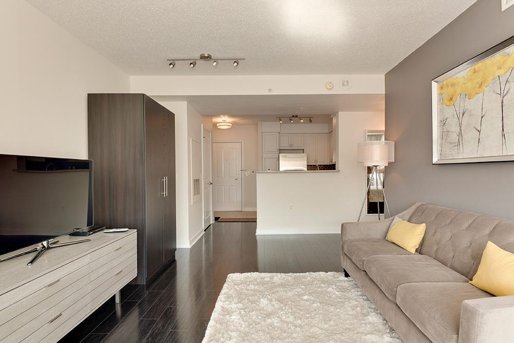 555 Massachusetts Ave NW-print-011-17-Great Room-4200x2800-300dpi.jpg