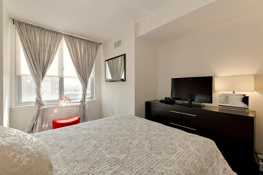 555 Massachusetts Ave NW-print-016-11-Bedroom-4200x2800-300dpi.jpg
