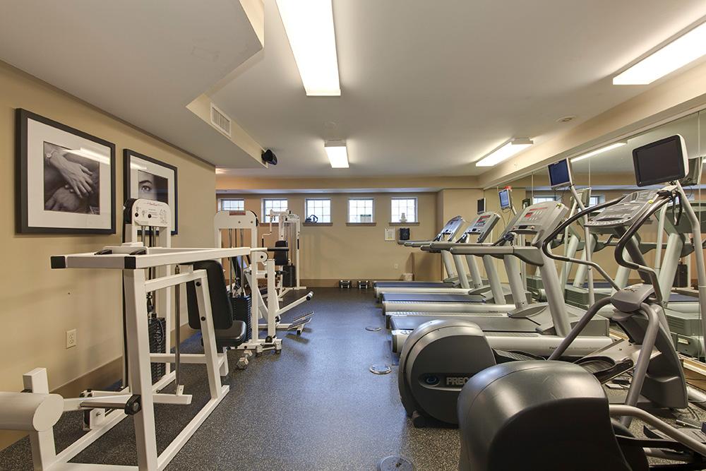555 Massachusetts Ave NW-print-023-24-Exercise Room-4200x2800-300dpi.jpg