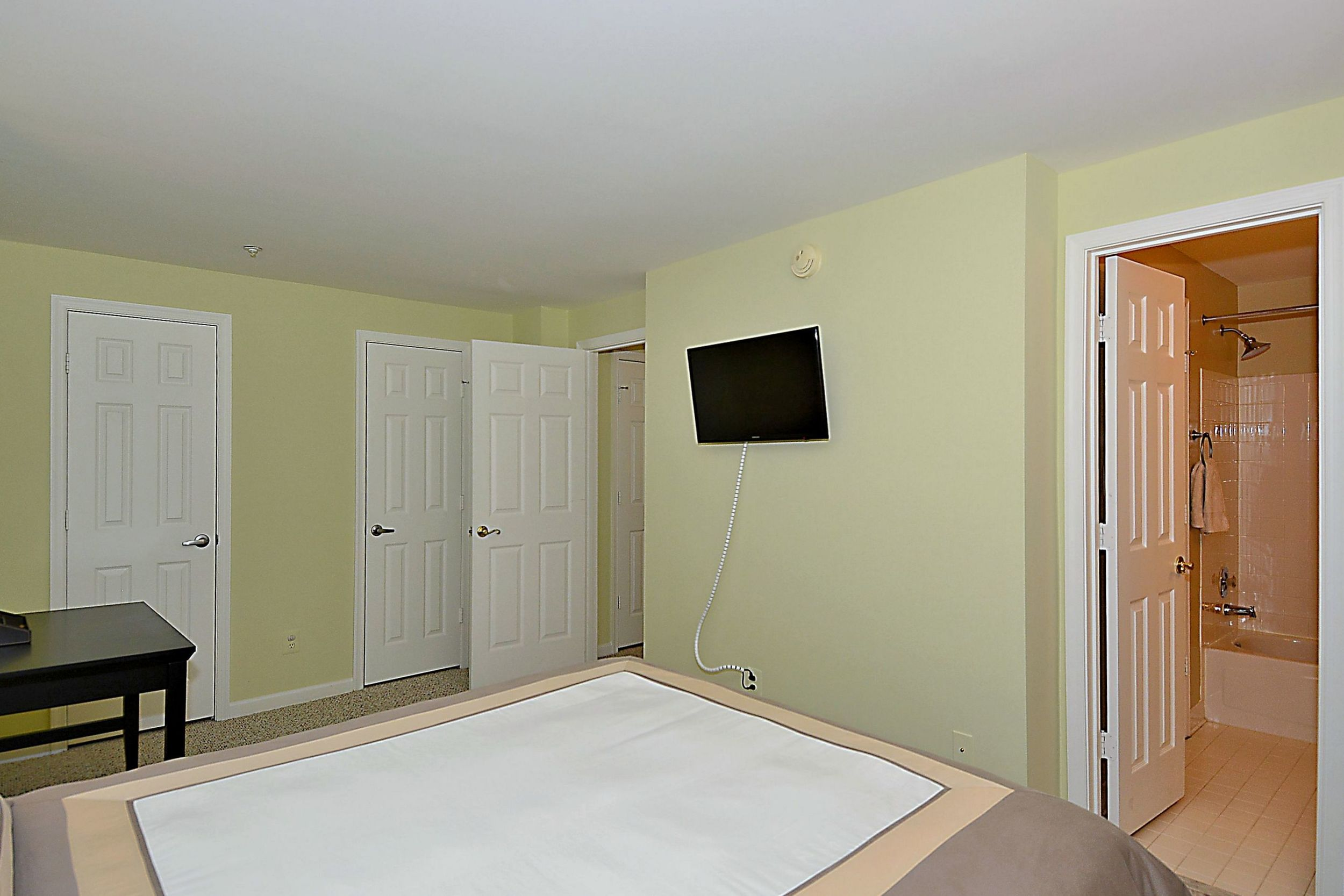 Print_Lower Level-Bedroom_1.JPG