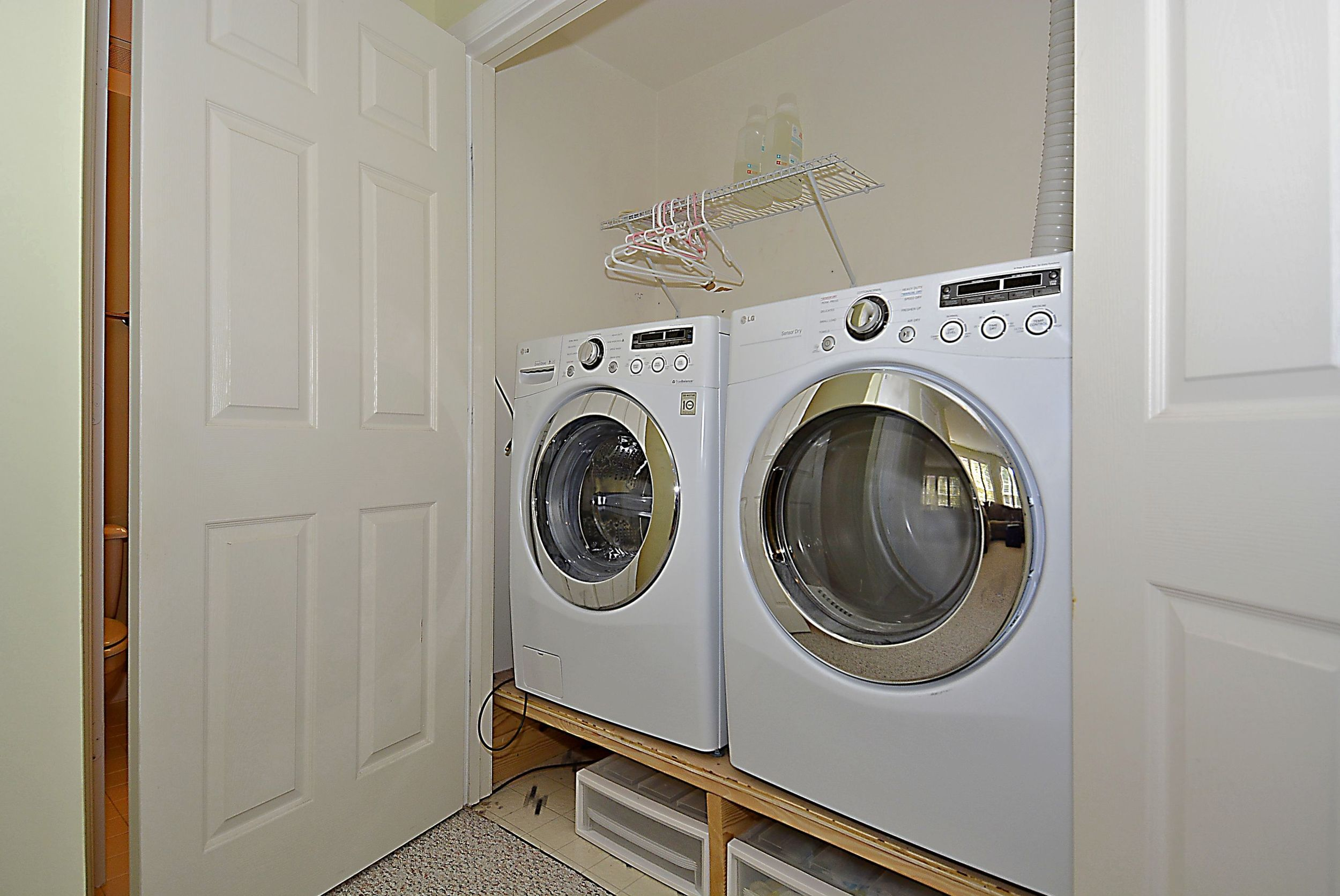 Print_Lower Level-Washer and dryer..JPG