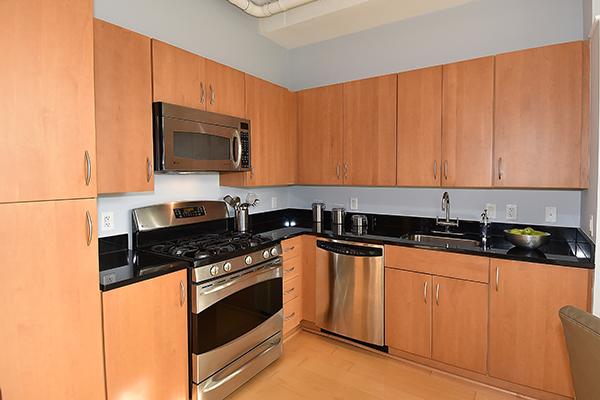 17  Kitchen 5.jpg