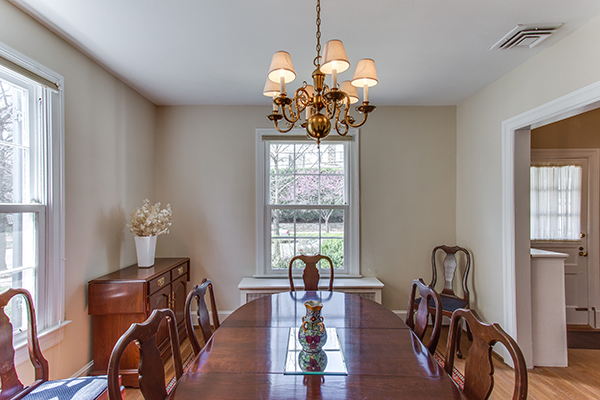 4307 38th St NW Washington DC-print-013-12-Dining Room-4200x2800-300dpi.jpg