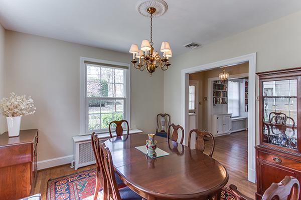4307 38th St NW Washington DC-print-014-2-Dining Room-4200x2800-300dpi.jpg