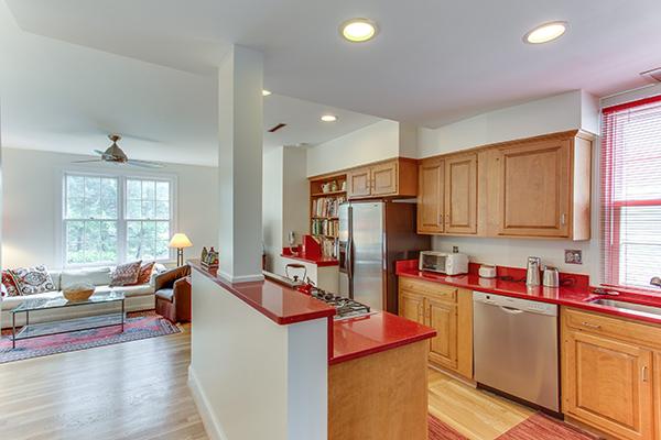 4307 38th St NW Washington DC-print-017-30-Kitchen-4200x2800-300dpi.jpg