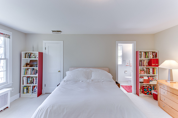 4307 38th St NW Washington DC-print-051-35-Master Bedroom-4200x2800-300dpi.jpg