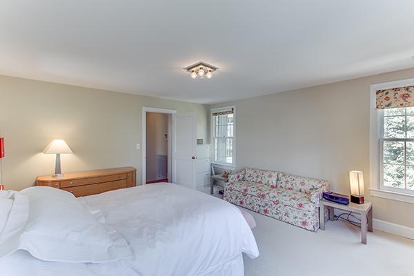 4307 38th St NW Washington DC-print-053-39-Master Bedroom-4200x2800-300dpi.jpg