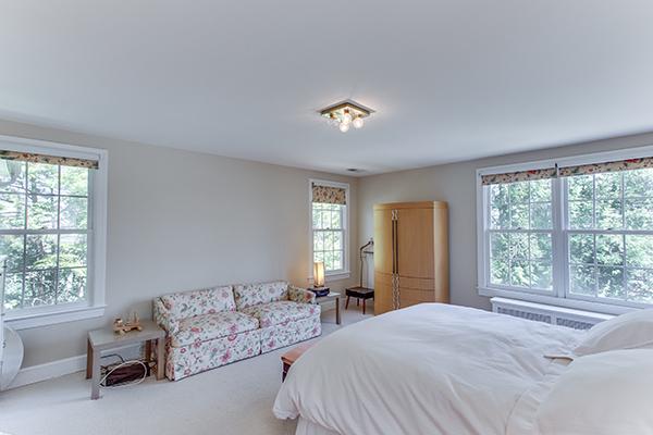 4307 38th St NW Washington DC-print-054-66-Master Bedroom-4200x2800-300dpi.jpg