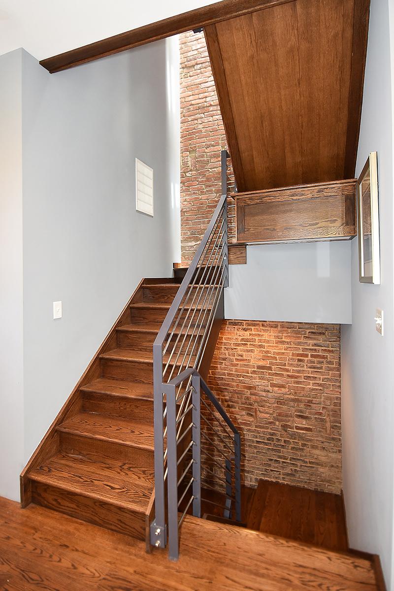 31 Stairwell1.jpg