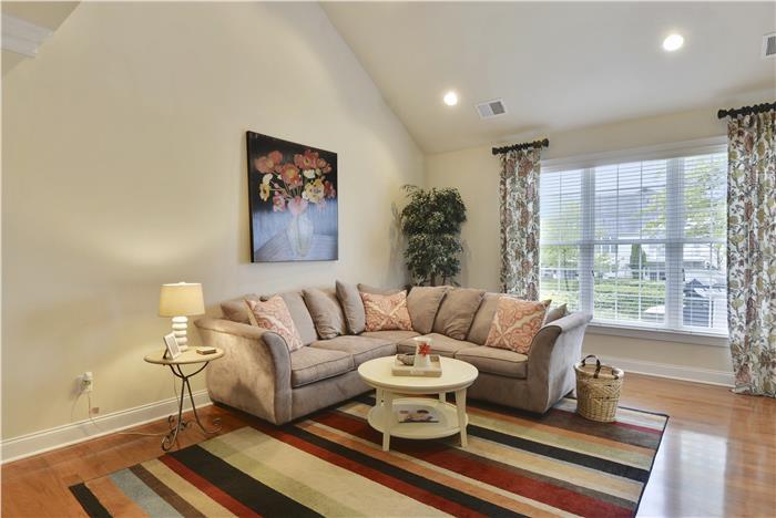 Web_Main Level-Living Room_1-2.JPG