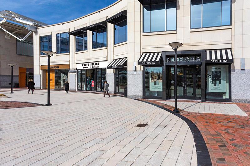 5406 Connecticut Ave NW 704-large-035-34-Neighborhood-1500x1000-72dpi.jpg