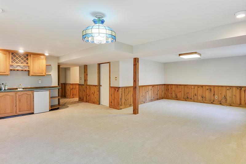 Lower Level-Recreation Room-DSC6135.jpg
