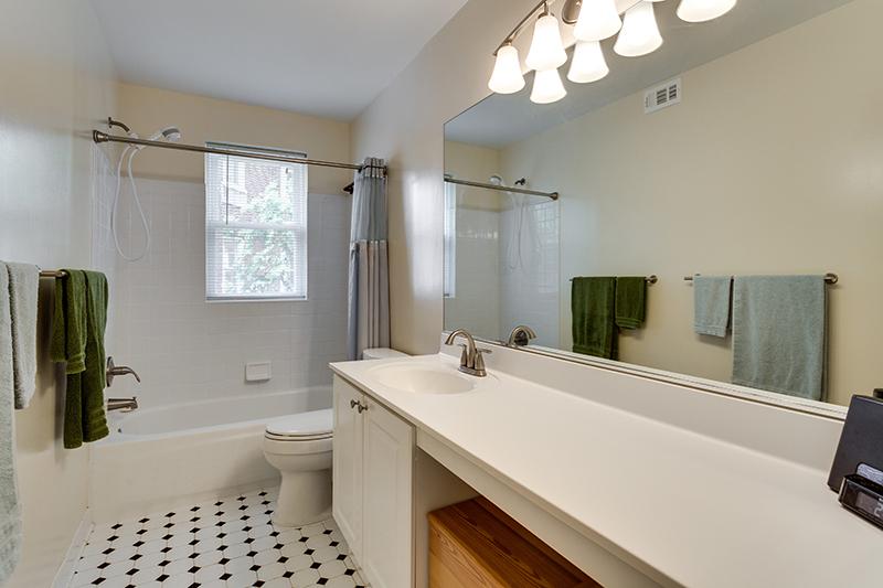 1727 R St NW Unit 504-print-026-35-Bathroom-4200x2800-300dpi.jpg