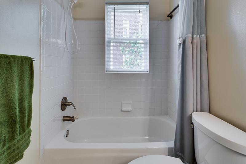 1727 R St NW Unit 504-print-027-31-Bathroom-4200x2800-300dpi.jpg