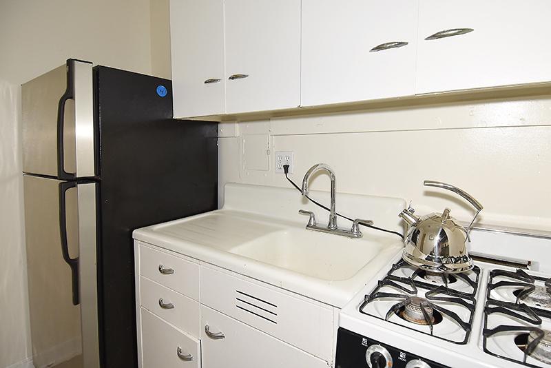 20 212 Kitchen 2.jpg