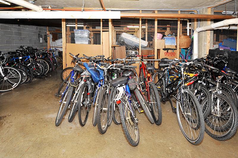 27 storage bikes 803 N Howard St 458 Alexandria.jpg