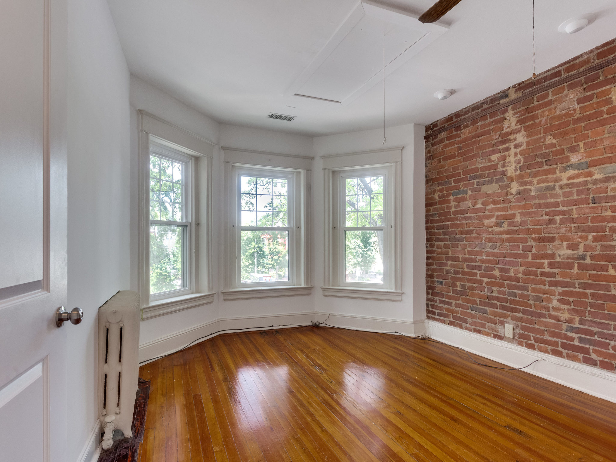 132 Rhode Island Ave NW-MLS_Size-039-36-Bedroom 2-2048x1536-72dpi.jpg