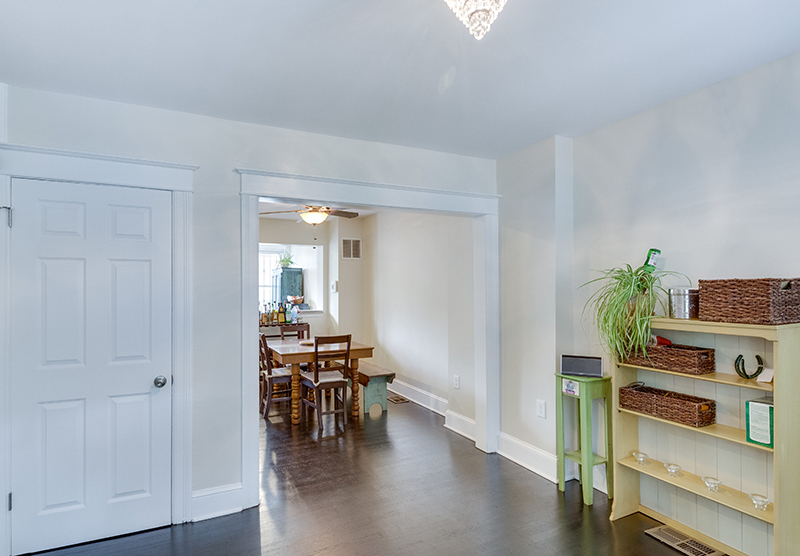 328 Bryant St NE Washington DC-print-006-9-Living Room-4200x2921-300dpi.jpg