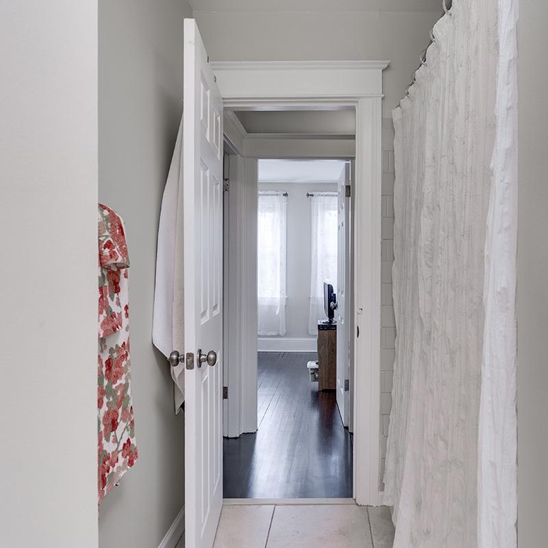 328 Bryant St NE Washington DC-print-024-1-Bathroom-3519x3519-300dpi.jpg