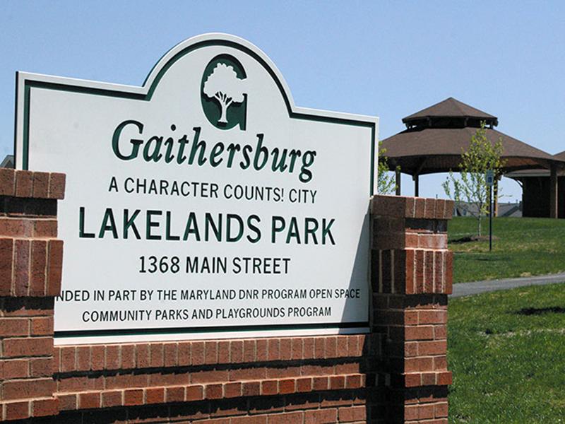 lakelands_park_001.jpg