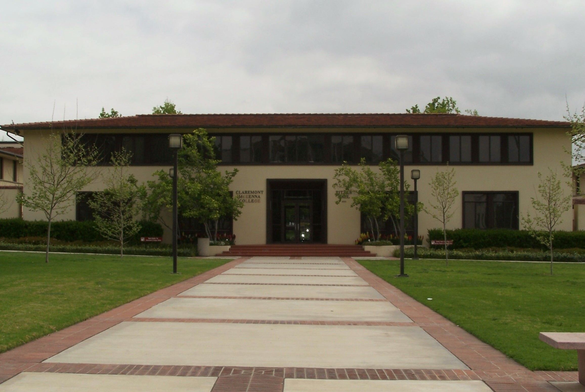 Claremont McKenna College Admission Rate Requirements Deadline Financial Aid FAFSA CSS Profile