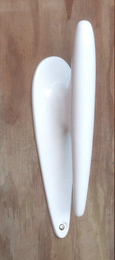 white boat cleat.jpg