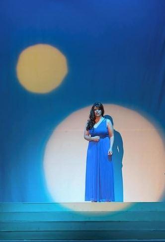 Aida-melissa-and-moon.jpg