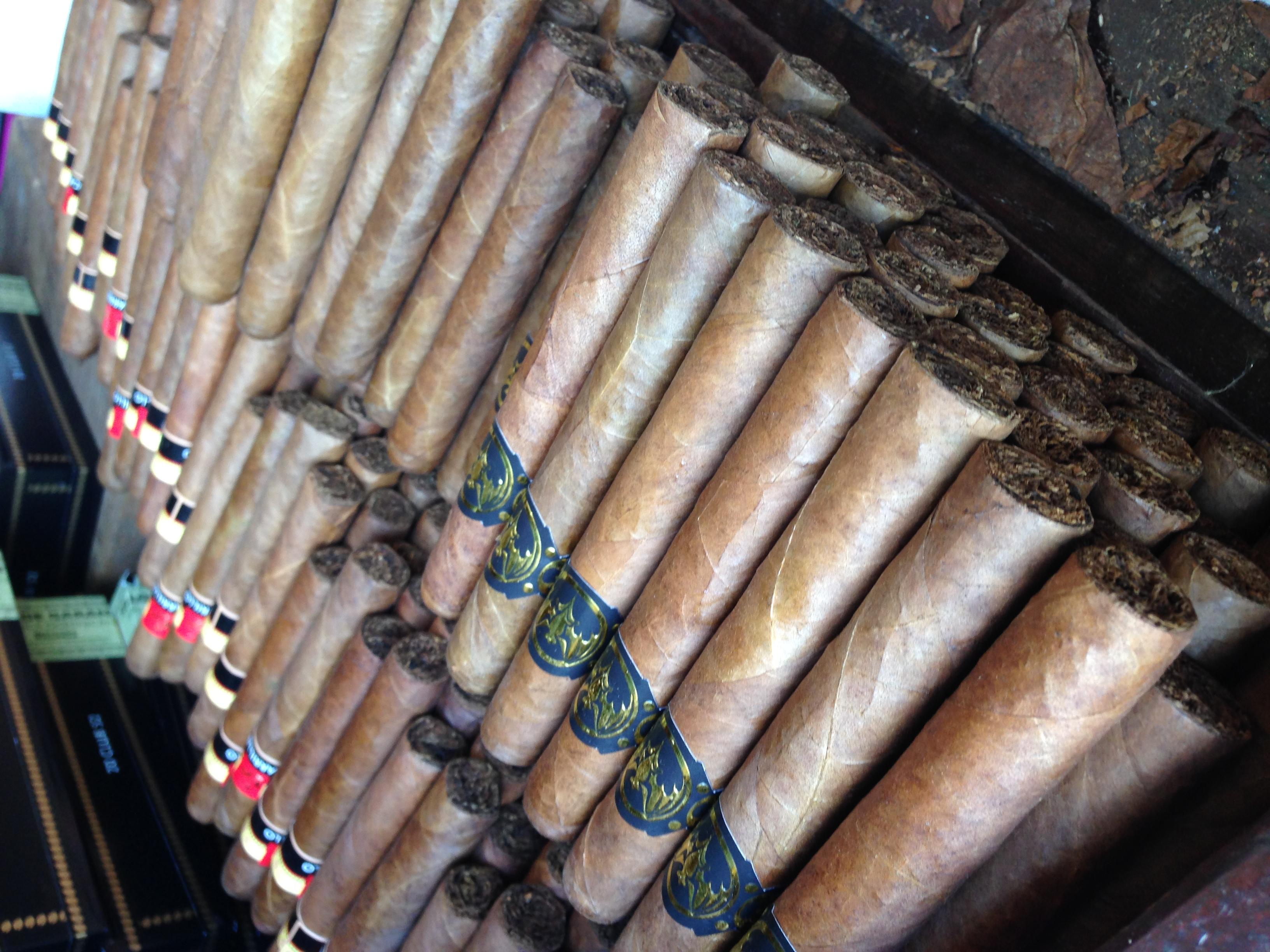 Bacardi Cigars 3.JPG