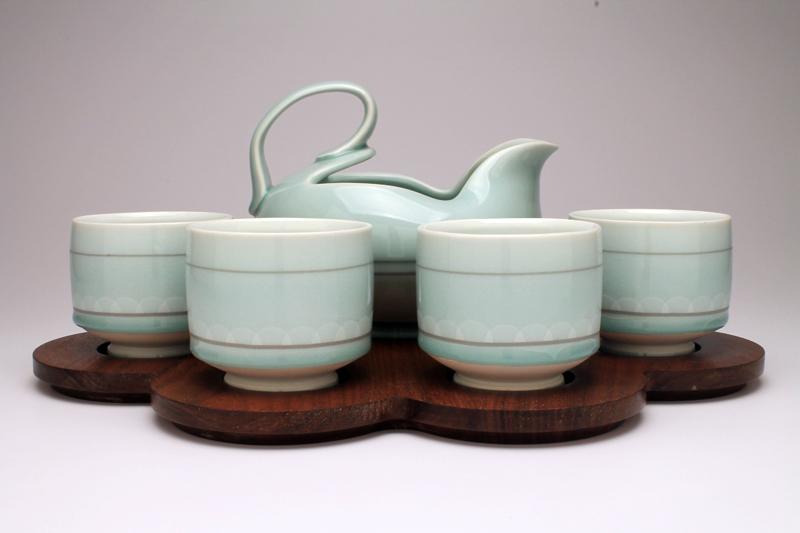 Paul Donnelly Tea Set