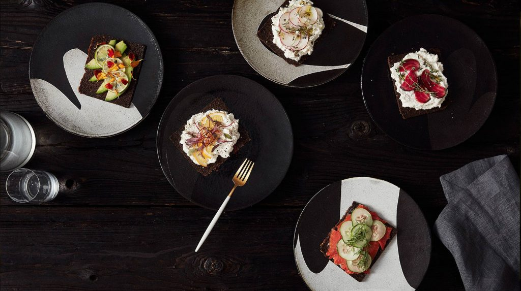 lindsay-rogers-ceramics-plated-dishes-1024x573.jpg
