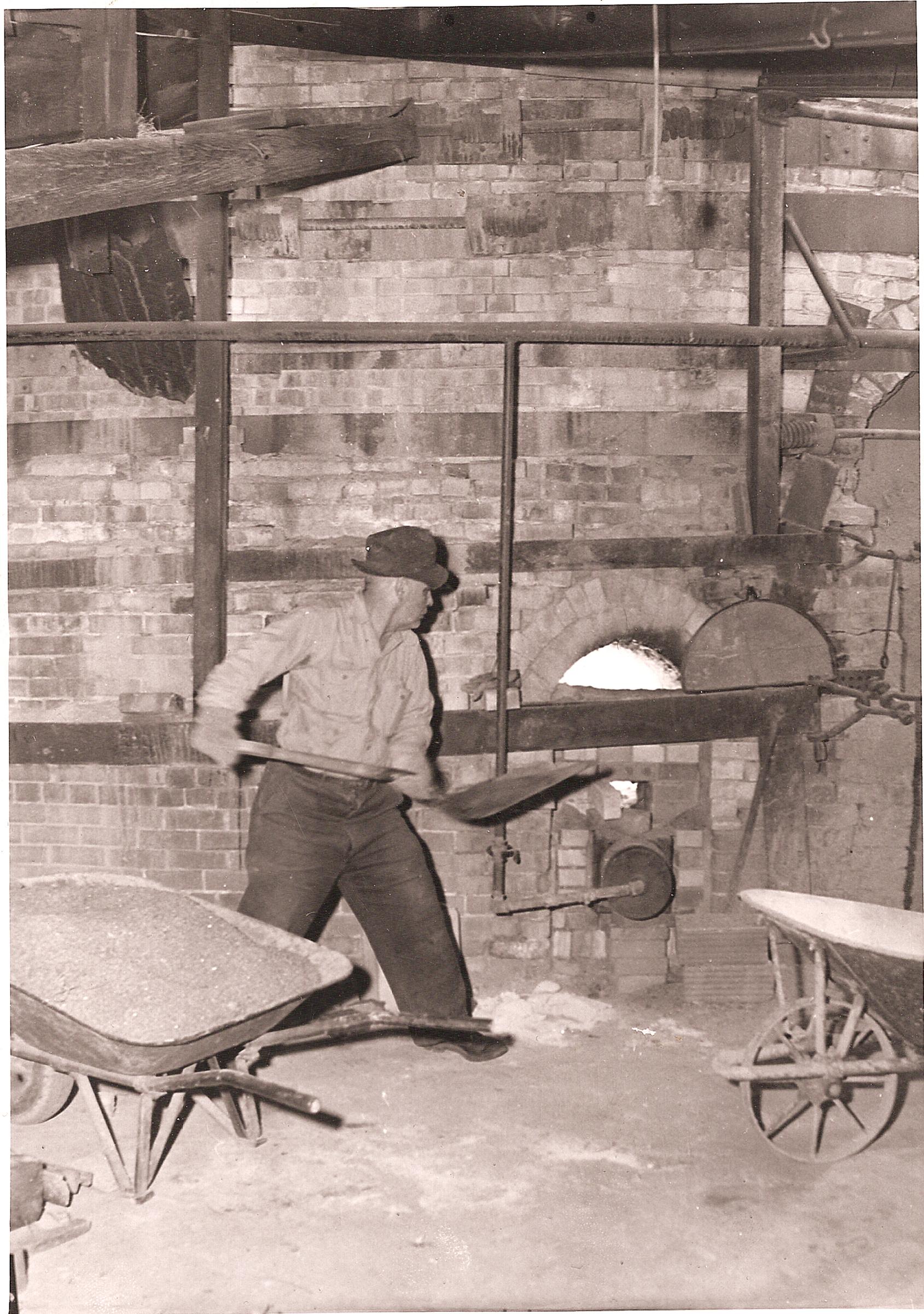 3. archie shoveling salt 1940'_sm.jpg