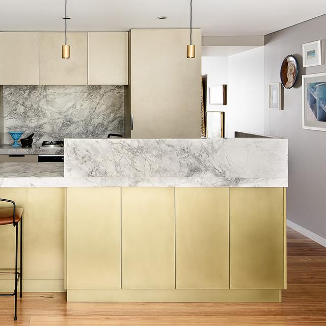 Kitchen_BrassPseudoSmooth_ConcreteShaleCast(2).jpg
