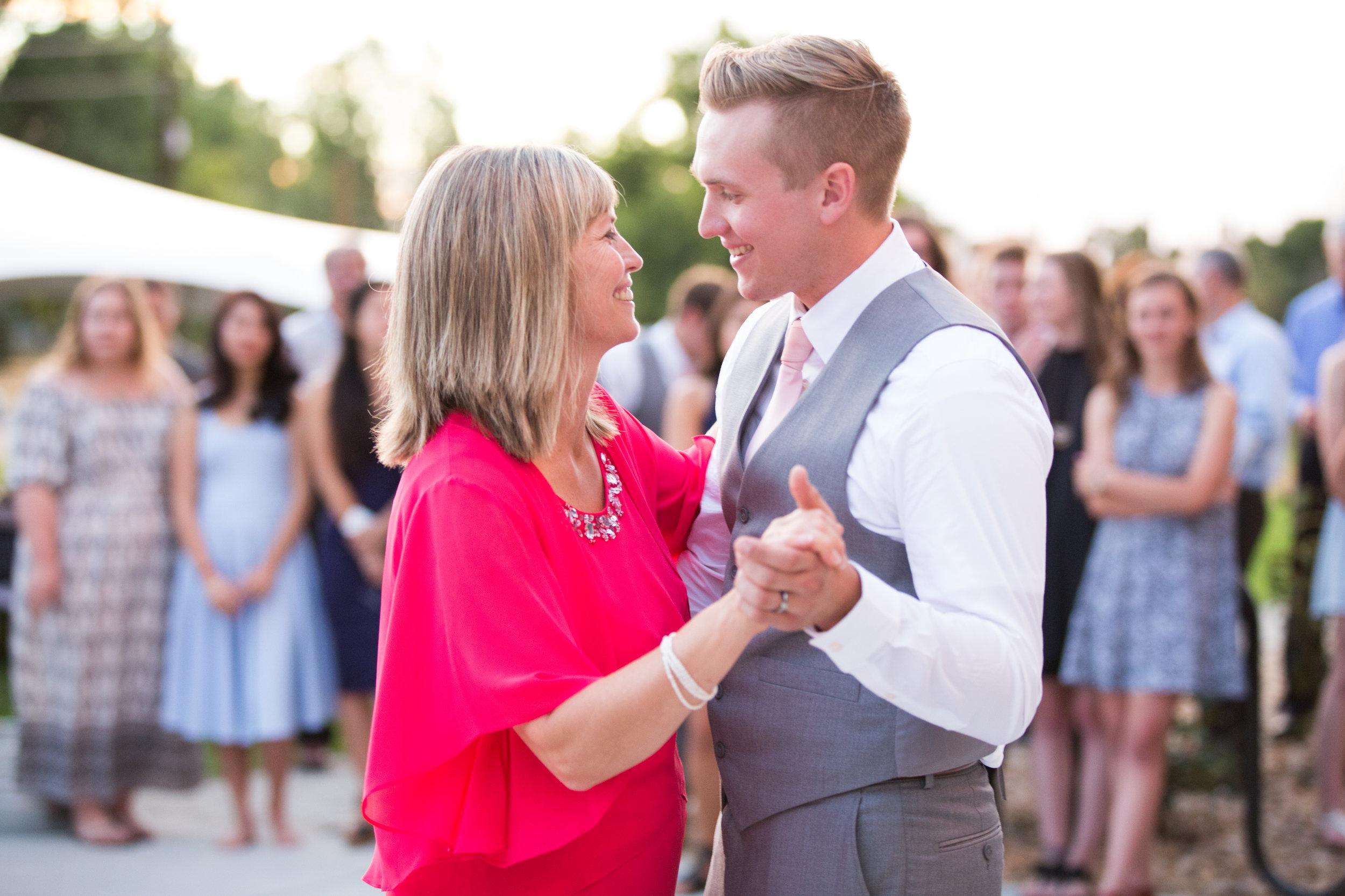 Skattum Wedding-844.jpg