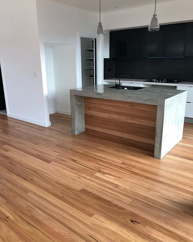 Concrete and Blackbutt. What a solid bench! @loba_australasia 2k duo on top for @newcastleinnovativebuilding 👌🏻 . . . . . . . . #renovation #interiordesign #design #construction #home #homedecor #architecture #interior #remodel #homeimprovement #realestate #contractor #decor #homedesign #building #reno #renovationproject #homerenovation #diy #flooring #interiors #builder #kitchen #house #homesweethome #renovations #kitchendesign #carpentry #restoration #bhfyp