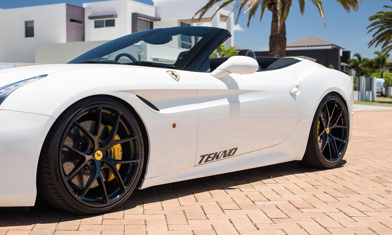 TEKNO X Ferrari California