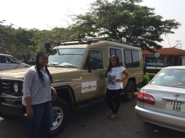 Safari-Vehicle-600x450.jpg