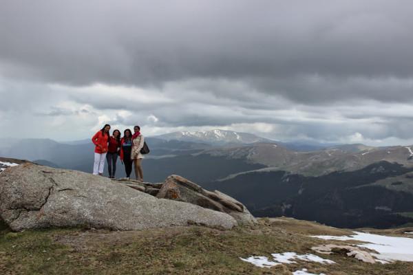 group-on-mountain-600x400.jpg