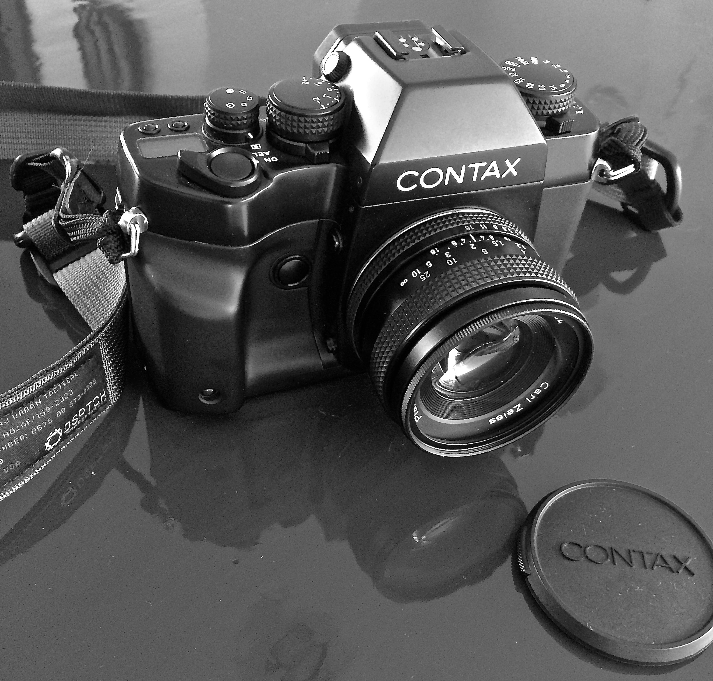 Contax RX with Zeiss Planar