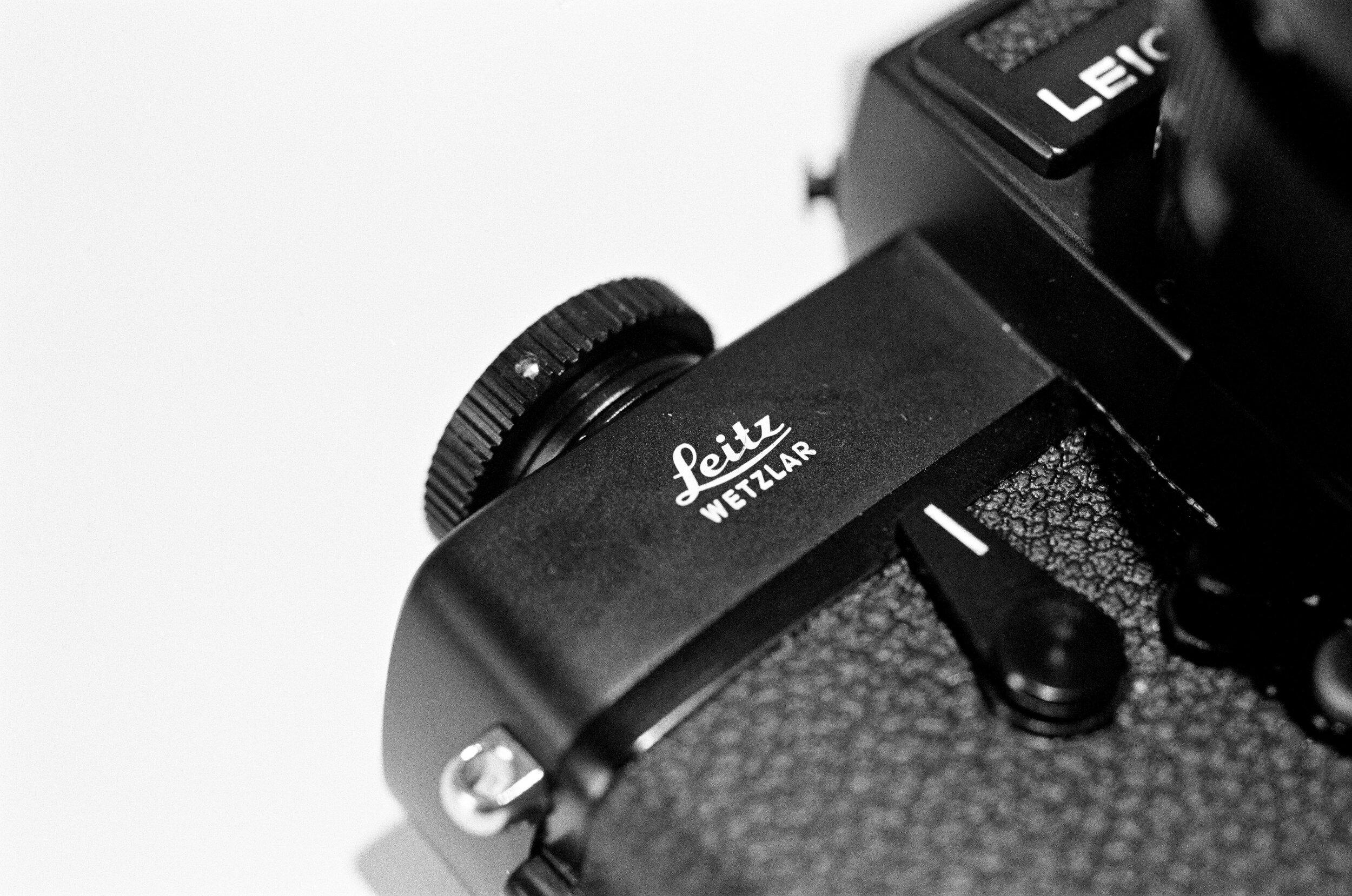 Leicaflex SL2.jpg