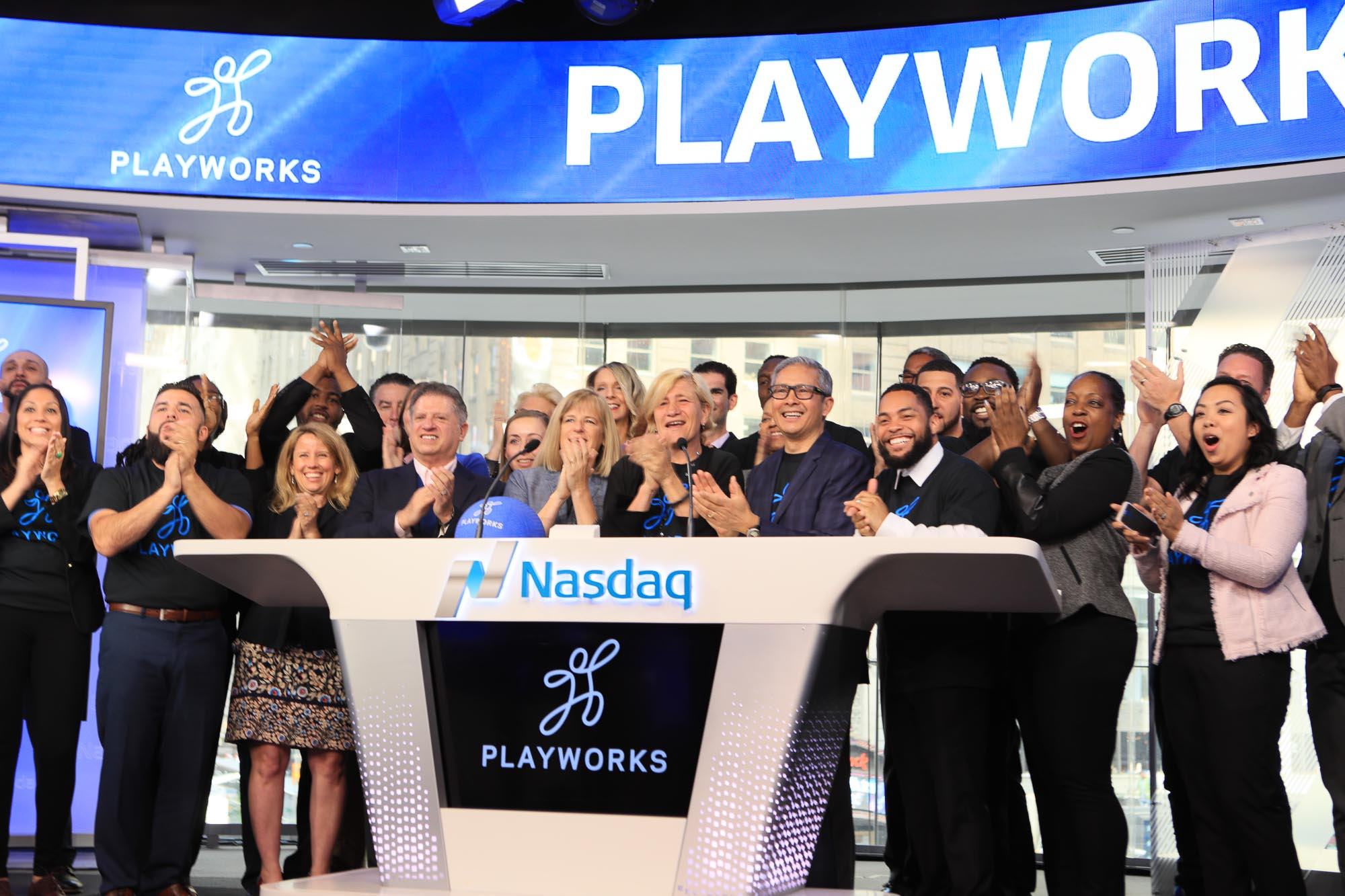 Tom joined the Playworks New York New Jersey team to ring the opening bell. May 2017.